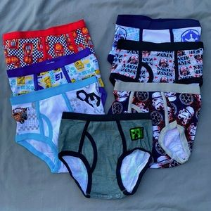 🎈4/$25 NWOT-7 Pair, Size 8, Boys Character Briefs